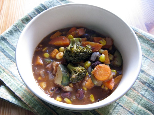 Black Bean Soup with Loads o' Veggies