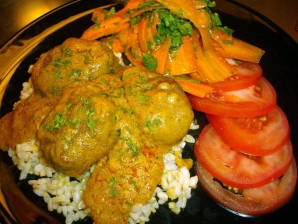 Kreeli's Coconut Korma with Split Pea Fritters